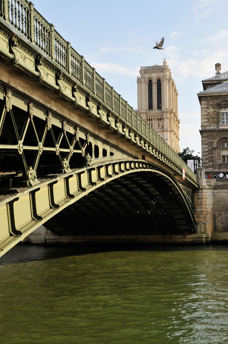 Paris,Notre Dame depuis les quais.