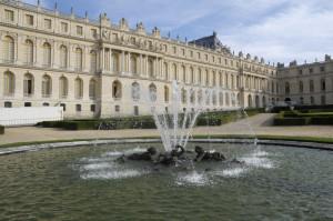 Versailles-jeuxdeau791-300x199 Jardins paysagers, Parcs romanesques voyage