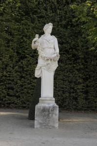 Versailles-jeuxdeau820-199x300 Jardins paysagers, Parcs romanesques voyage