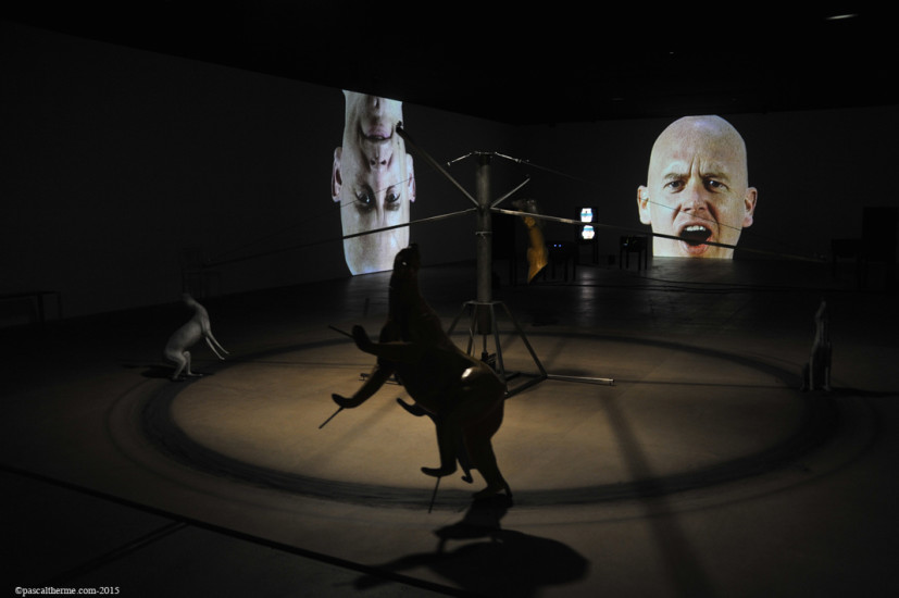Bruce-Nauman-Fondation-Cartier21-827x550 Reportages photo Expositions, Concerts, Opéra, Festivals...