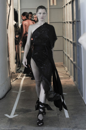 A.Vauthier-FW-2016-7_Couture-824-366x550 Fashion Shows Catwalk Backstage Line up Designer.