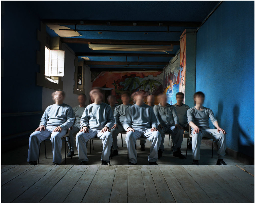 """le-cinéma-1024x820 ESTELLE LAGARDE « Maison d'arrêt » et « Lundi matin » sous le titre """"Libertés Conditionnelles"""" mois de la photo du Grand Paris. ART"""