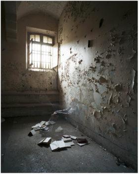 """matricule-281x350 ESTELLE LAGARDE « Maison d'arrêt » et « Lundi matin » sous le titre """"Libertés Conditionnelles"""" mois de la photo du Grand Paris. ART"""