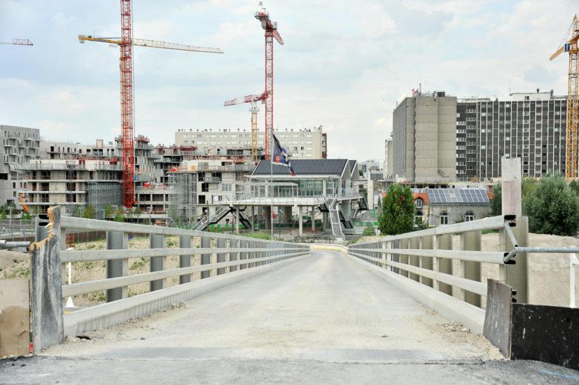 Parc_Clichy_BatignollesMartin_Lutherking-7201-827x550 Reportage Photo Paris : Architecture
