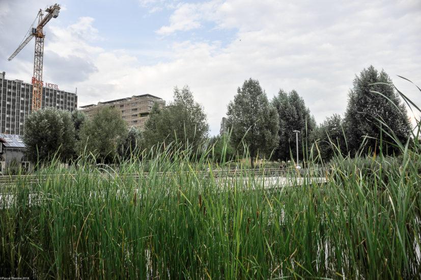 Parc_Clichy_BatignollesMartin_Lutherking-7350-827x550 Reportage Photo Paris : Architecture