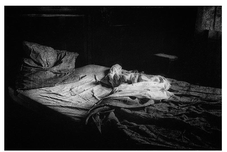 dormir-dit-elle-irene-jonas PHOTOGRAPHIE, LE TEMPS NÉCESSAIRE. ART PHOTOGRAPHIE