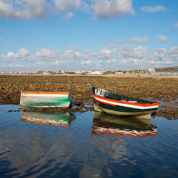 barques-©-nathalie-seroux NATHALIE SEROUX, AU BORD DE LA MER ART PHOTOGRAPHIE