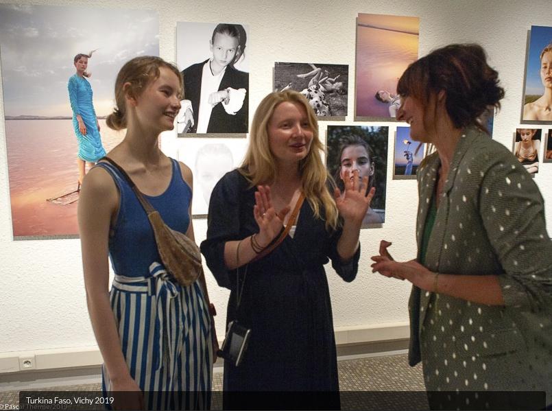 Capture-d'écran-2019-08-02-à-10.52.11 L'agence Modds au Festival Portrait(s) Vichy 2019 avec Turkina Faso & Benni Valsson ART PHOTOGRAPHIE