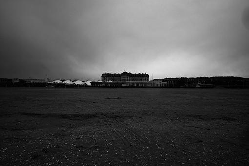 X-Deauville-entre-les-pages-Klavdij-Sluban-pour-Planches-Contact-2019-1 PLANCHE CONTACT, DEAUVILLE 2019 ART PHOTOGRAPHIE